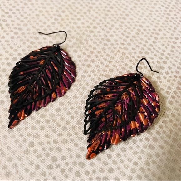 Jewelry - Leaf earrings